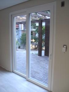 Porta janela em Pvc branco, 2 folhas