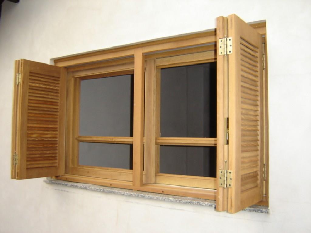 #714620 janela em madeira janela tipo brise porta janela com tampão janelas  468 Janelas Duplas Em Madeira
