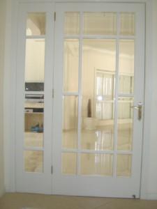 Porta interna para vidros com vitrô lateral