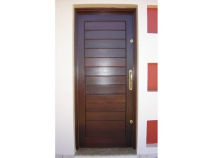 Porta externa lambri na horizontal