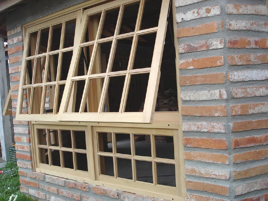 #7B6349 janelas janela em madeira janela maxiar com parte fixa janelas 582 Janelas Em Madeira E Vidro