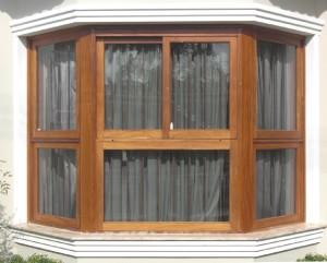 Janela  bay - window com parte fixa