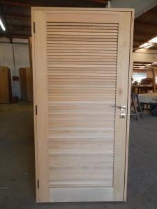 Porta externa tipo veneziana