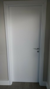 Porta interna lisa em Pvc branco